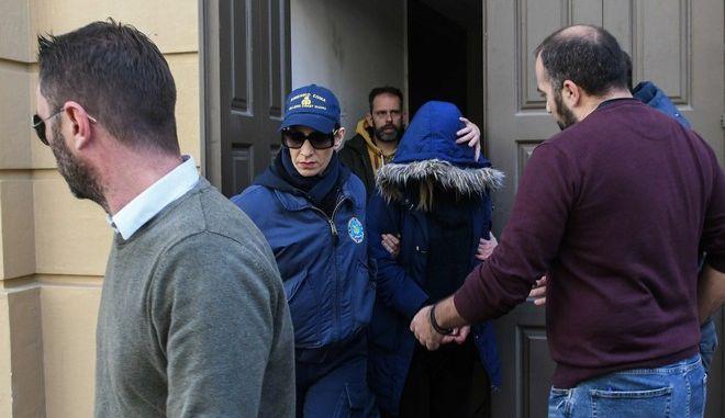 Νεκρό βρέφος στην Πάτρα: Ποινική δίωξη για ανθρωποκτονία στην 27χρονη μητέρα - Φωτογραφία 1