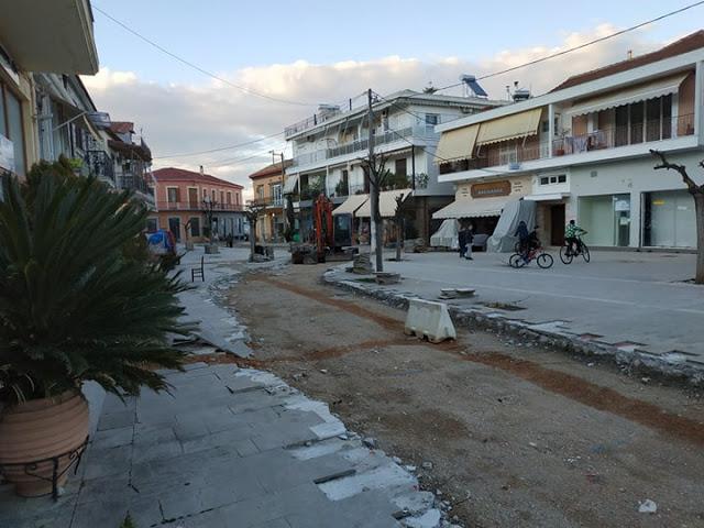 ΒΟΝΙΤΣΑ: Μας τάξατε Πλατεία, όχι δρόμο!!!! - Φωτογραφία 1