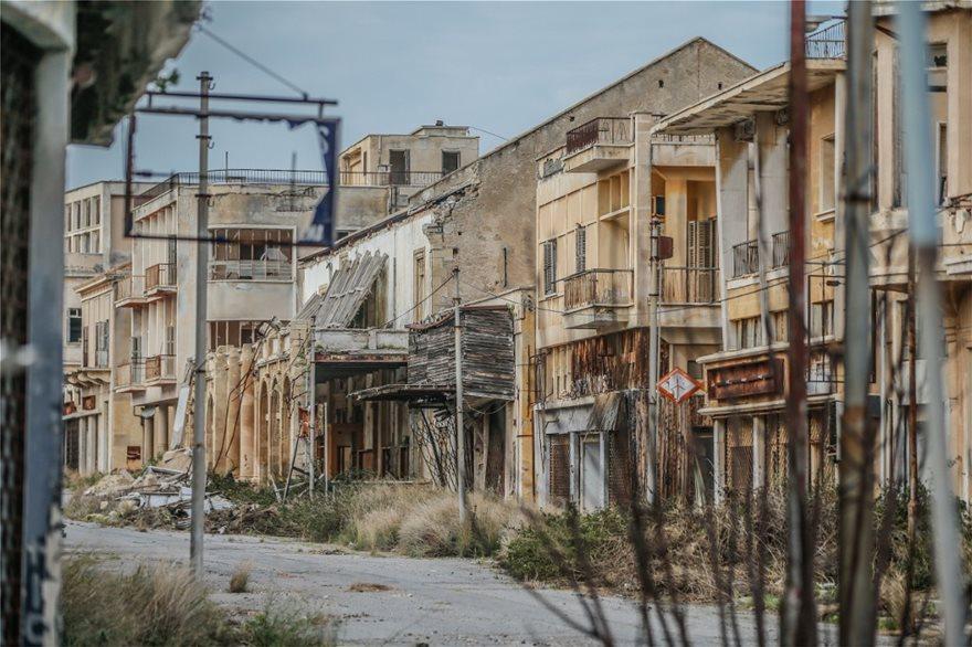 Αμμόχωστος: H Daily Mail κάνει φωτογραφικό αφιέρωμα στην πόλη-φάντασμα - Φωτογραφία 2