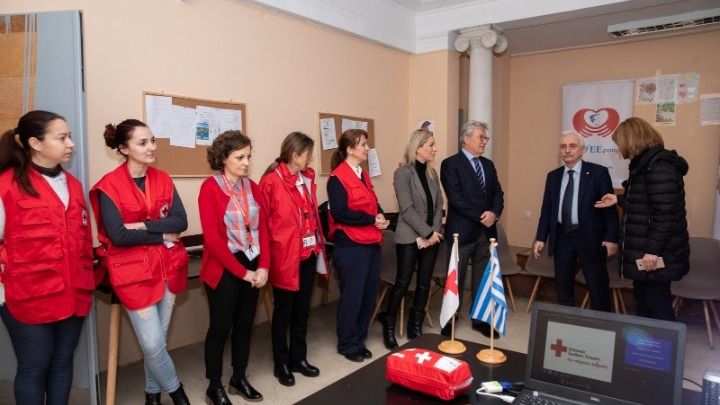 «προΣfΕΕρουμε» στα Κέντρα Φιλοξενίας Ασυνόδευτων Ανηλίκων Αθήνας του ΕΕΣ - Φωτογραφία 1
