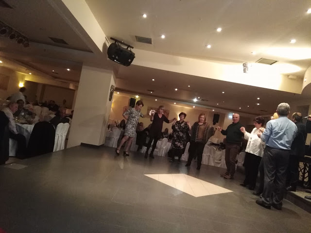 Πολύ όμορφη η Χοροεσπερίδα των εν Αθήναις ΒΟΝΙΤΣΑΝΩΝ στο Κέντρο Παλατάκι στην Καλλιθέα   ΦΩΤΟ - Φωτογραφία 41