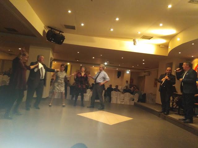 Πολύ όμορφη η Χοροεσπερίδα των εν Αθήναις ΒΟΝΙΤΣΑΝΩΝ στο Κέντρο Παλατάκι στην Καλλιθέα   ΦΩΤΟ - Φωτογραφία 45