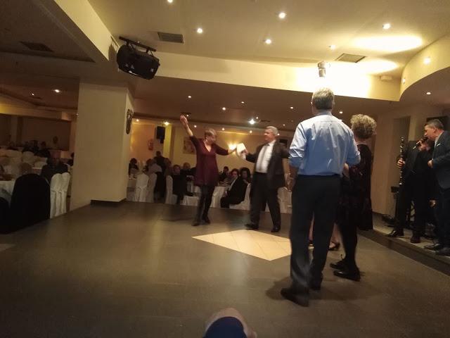 Πολύ όμορφη η Χοροεσπερίδα των εν Αθήναις ΒΟΝΙΤΣΑΝΩΝ στο Κέντρο Παλατάκι στην Καλλιθέα   ΦΩΤΟ - Φωτογραφία 50