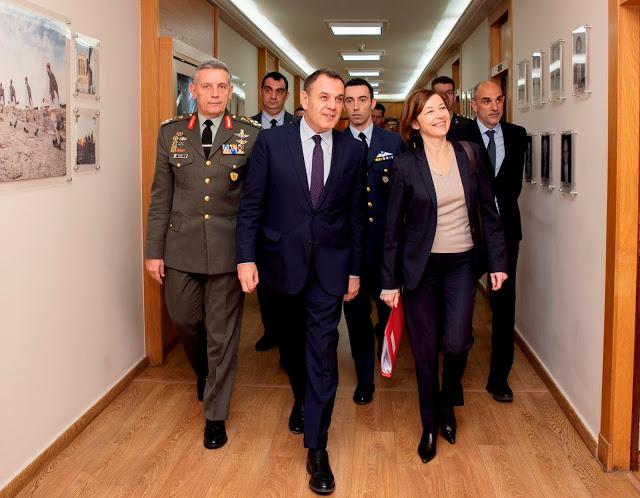 Συνάντηση ΥΕΘΑ κ. Νικόλαου Παναγιωτόπουλου με την Υπουργό Άμυνας της Γαλλικής Δημοκρατίας κ. Φλωράνς Παρλύ - Φωτογραφία 5
