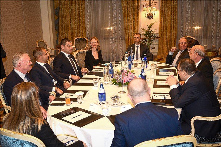 Πρόεδρος UEFA για το ελληνικό ποδόσφαιρο: «Στη σωστή κατεύθυνση» μεν, αλλά... «πάντα υπάρχει κίνδυνος Grexit» - Φωτογραφία 2