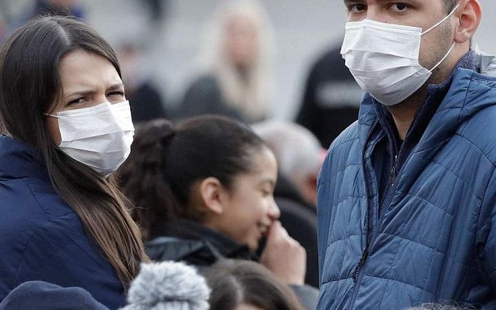 Εξαφανίστηκαν από την αγορά οι χειρουργικές μάσκες προσώπου - Φωτογραφία 1