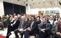 Πραγματοποιήθηκε στη κατάμεστη αίθουσα του Δημοτικού Συμβουλίου, η παρουσίαση του βιβλίου του Δημήτρη Στρατούλη στο Μαρούσι