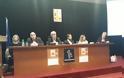 Πραγματοποιήθηκε στη κατάμεστη αίθουσα του Δημοτικού Συμβουλίου, η παρουσίαση του βιβλίου του Δημήτρη Στρατούλη στο Μαρούσι - Φωτογραφία 2