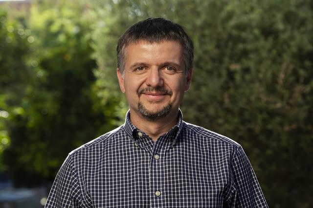 Ομιλία στο ΑΠΘ του βραβευμένου με Breakthrough Prize 2020 Καθηγητή του Πανεπιστημίου της Αριζόνα Δημητρίου Ψάλτη για την Πρώτη Φωτογραφία μιας Μαύρης Τρύπας - Φωτογραφία 1