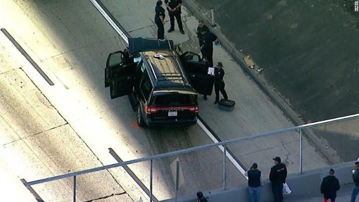 Έκλεψε νεκροφόρα που μέσα είχε πτώμα -Τρελή καταδίωξη στους δρόμους του Λος Άντζελες - Φωτογραφία 1