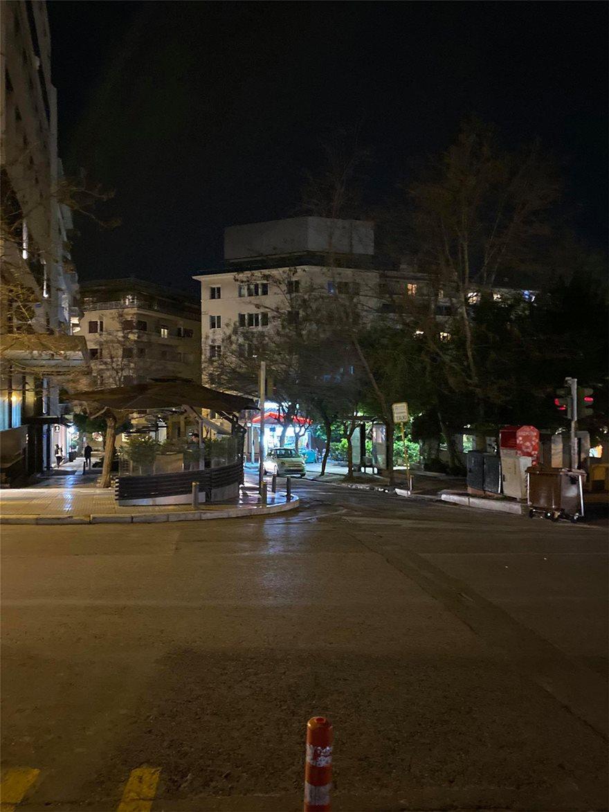 Σάββατο βράδυ: Πόλη-φάντασμα η Αθήνα - Φωτογραφία 4