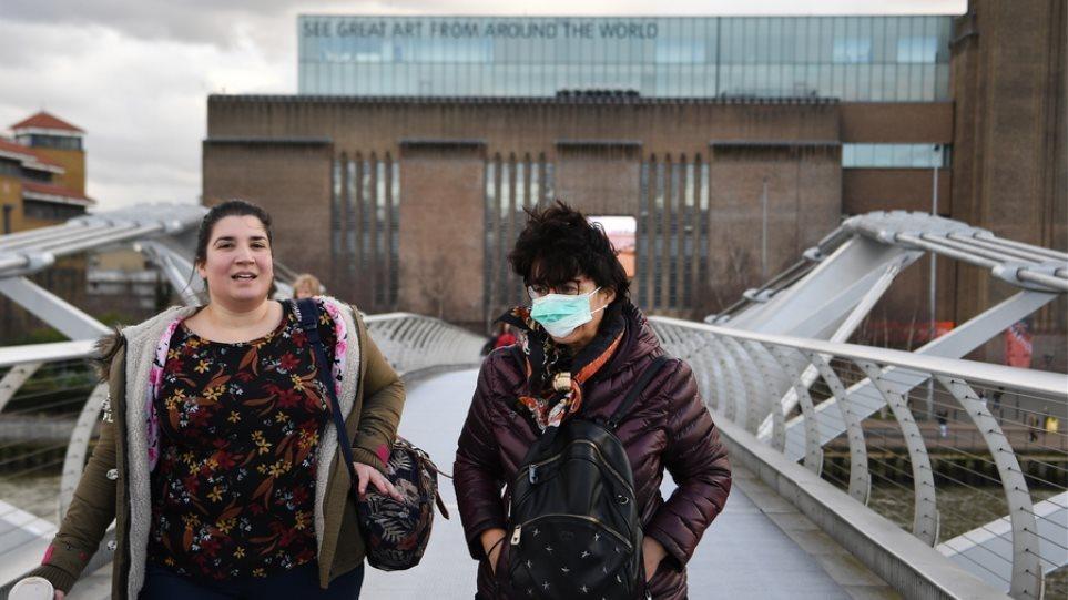 Βρετανία: Στους 465 οι νεκροί - Φωτογραφία 1