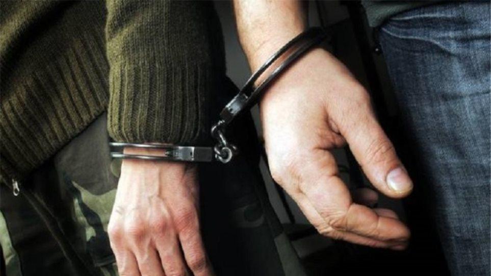 Εξαρθρώθηκαν δυο συμμορίες  για ληστείες και κλοπές σε σπίτια στη ΒΑ Αττική - Φωτογραφία 1