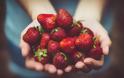 Τα 12 τρόφιμα πρωταθλητές σε φυτοφάρμακα για το 2020