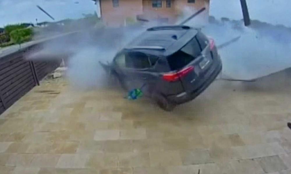 Σώθηκαν από τη βροχή (VIDEO) - Φωτογραφία 2