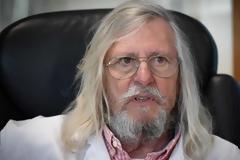 Ο διάσημος Ντιντιέ Ραούλ ξεσπά: Ημιτελής η μελέτη που αμφισβητεί την υδροξυχλωροκίνη