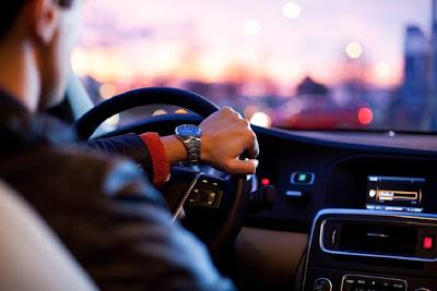 Θα απαγορεύσουν την κυκλοφορία σε παλιά αυτοκίνητα. Όριο ηλικίας στο σχέδιο νόμου - Φωτογραφία 1