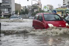 Καιρός: Ζημιές και πλημμύρες άφησε πίσω της η κακοκαιρία