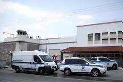 Φυλακές Κορυδαλλού: Σουβλάκια, σεξ και... μεθύσια - Ο ρόλος του Αντώνη του Άραβα