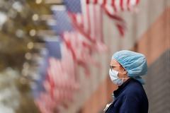 Φάουτσι : Οι ΗΠΑ βρίσκονται σε πολύ δύσκολη κατάσταση – Φόβοι για έξαρση των θανάτων
