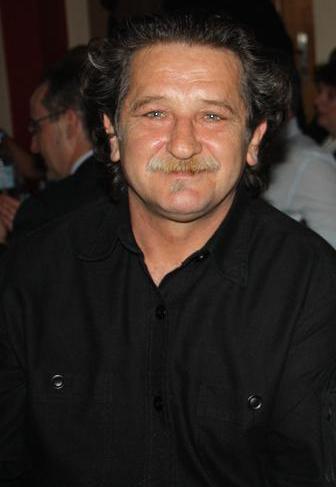 Φίλιππος Ντόβας: Το στερνό αντίο στο Χρήστο Γαζέτα (ΒΙΝΤΕΟ) - Φωτογραφία 1