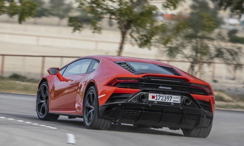 Lamborghini με επιδότηση… Κορωνοϊού - Φωτογραφία 3