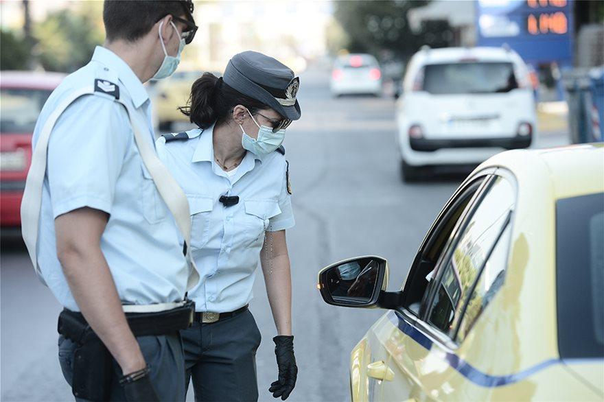 Μπλόκα και εντατικοί έλεγχοι στα Μέσα Μεταφοράς για τη μάσκα - Φωτογραφία 10