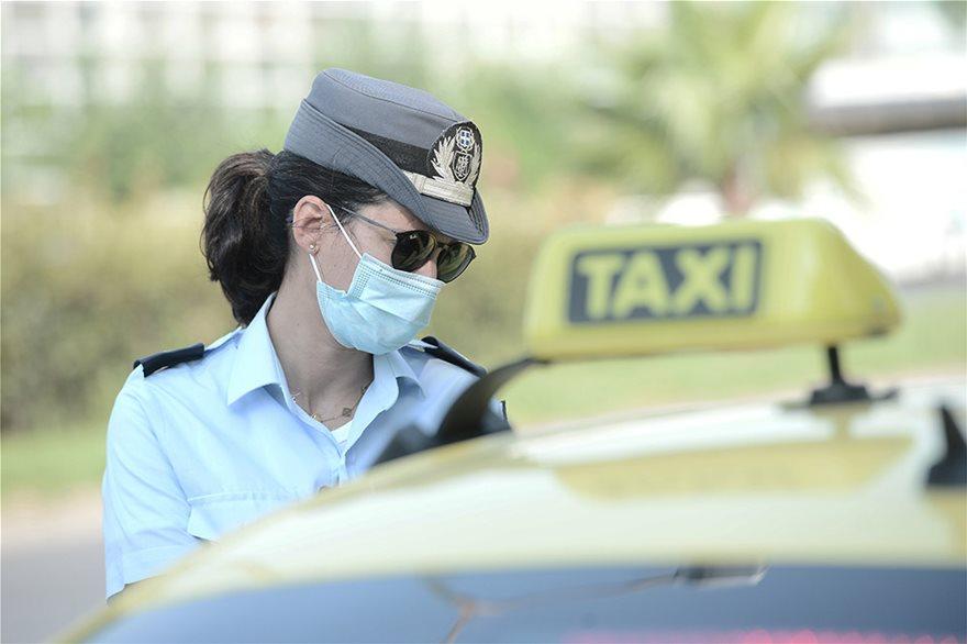 Μπλόκα και εντατικοί έλεγχοι στα Μέσα Μεταφοράς για τη μάσκα - Φωτογραφία 7