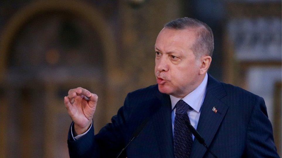 Spiegel: «Ο αλαζονικός ηγέτης Ερντογάν» - Φωτογραφία 1
