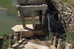 Σέρρες: Κατέρρευσε τμήμα γέφυρας στον Αγγίτη