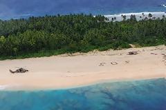 3 ναυαγοί σε νησί του Ειρηνικού σώθηκαν από το... SOS στην άμμο!
