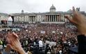 Χαμός στο Λονδίνο σε συγκέντρωση αρνητών του κοροναϊού – Απίστευτες εικόνες