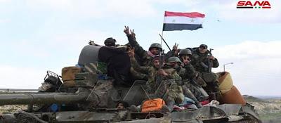 Τουρκικά ελικόπτερα μαζεύουν τραυματίες από το Ιντλίμπ μετά την επίθεση του συριακού στρατού - Φωτογραφία 1