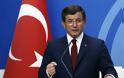 Νέα πυρά Νταβούτογλου σε Ερντογάν: H Toυρκία καταστρέφεται στα χέρια ανίκανων και άσχετων