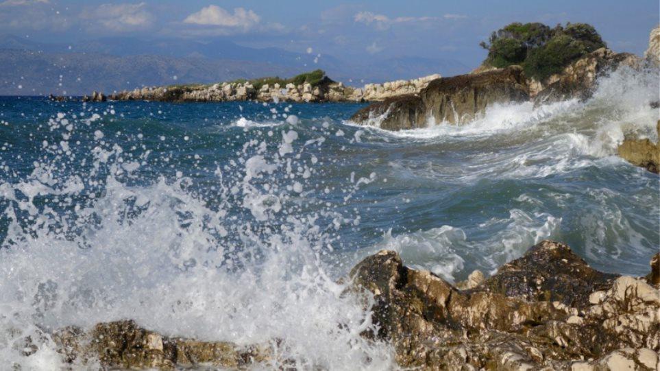 Άνεμοι 7 μποφόρ στο Αιγαίο και πτώση θερμοκρασίας από την Κυριακή - Φωτογραφία 1