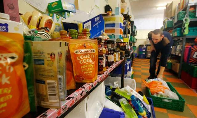 Πιθανός διπλασιασμός της ακραίας φτώχειας ως τον Δεκέμβριο - Φωτογραφία 1