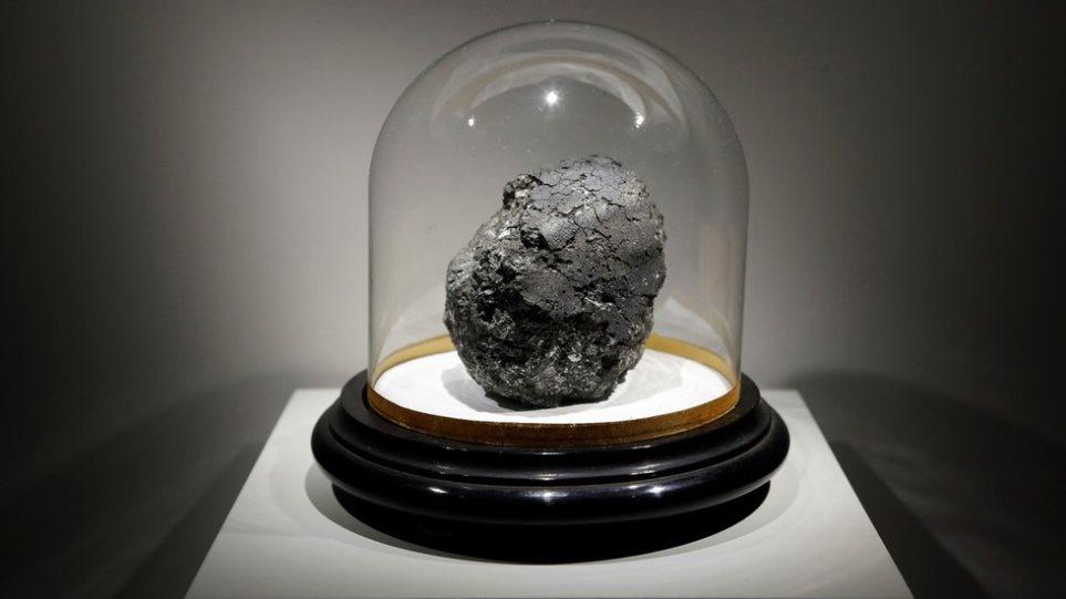 Αποδείξεις για δεύτερη Γη: Μετεωρίτης με απολίθωμα βακτηρίου παλαιότερο από το ηλιακό μας σύστημα - Φωτογραφία 1