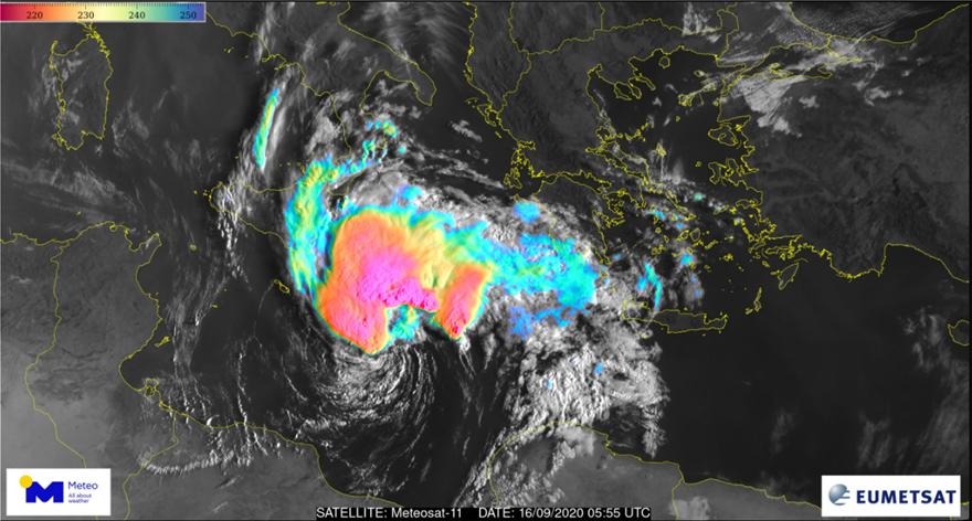 Κακοκαιρία «Ιανός»: Θυελλώδεις άνεμοι και καταιγίδες - Φωτογραφία 2