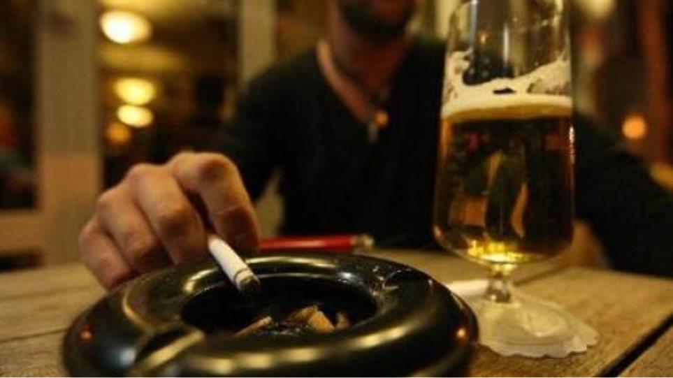 ΣτΕ: Δικαστική «ήττα» των καταστηματαρχών για το κάπνισμα - Φωτογραφία 1