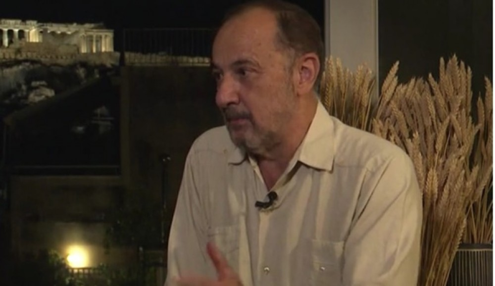 Στελιος Μάινας: «Το σενάριο της σειράς Το Νησί γράφτηκε έξι φορές» - Φωτογραφία 1