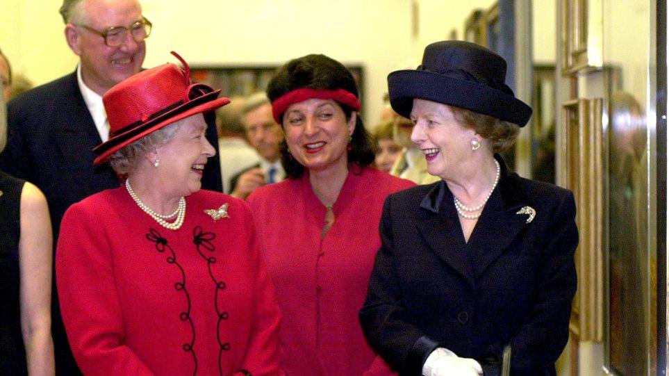 Βασίλισσα Ελισάβετ – Μάργκαρετ Θάτσερ: Πίσω από τα χαμόγελα τα... μαχαιρώματα - Φωτογραφία 1