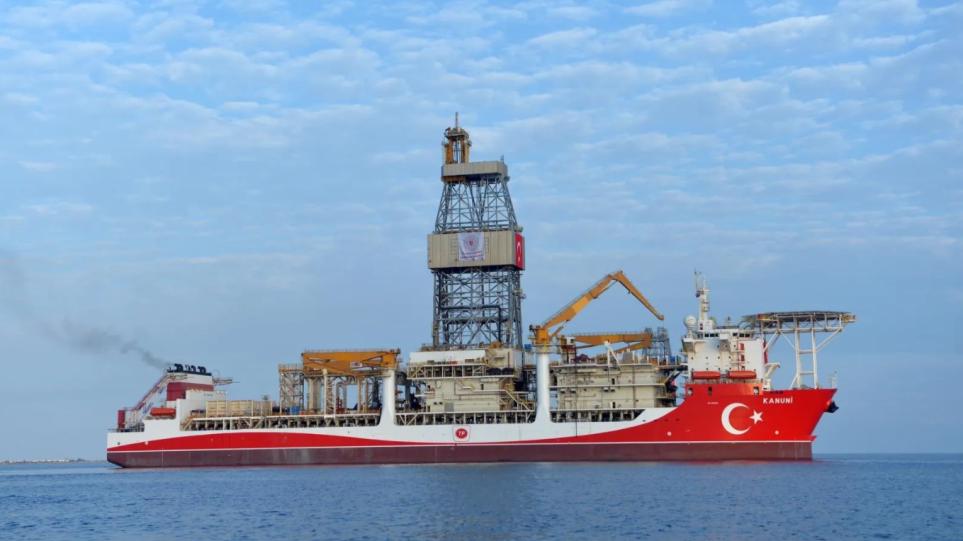 Kανουνί : Προς Μαύρη Θάλασσα πλέει η «κορωνίδα» των τουρκικών γεωτρύπανων - Φωτογραφία 1