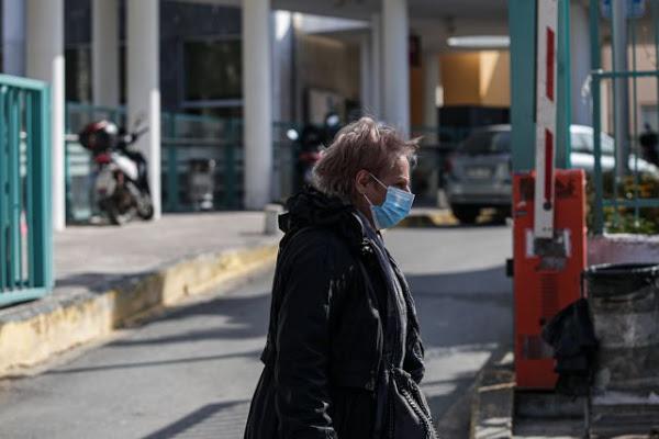 Πρόβλεψη ΑΠΘ 200.000 κρούσματα και τριπλασιασμός θανάτων χωρίς χρήση μάσκας παντού - Φωτογραφία 1