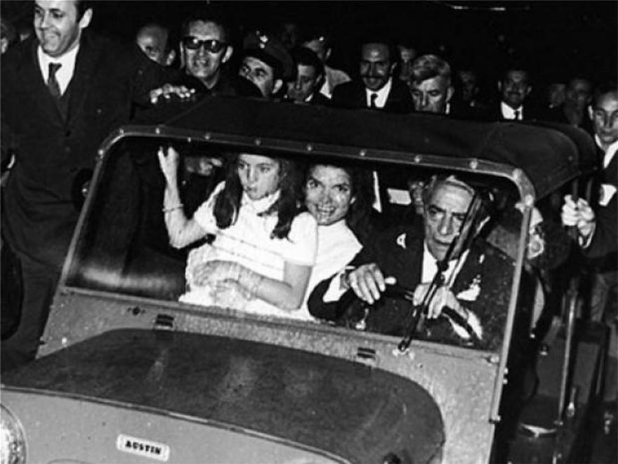 Αριστοτέλης Ωνάσης - Τζάκι Κένεντι: 52 χρόνια από τον γάμο του αιώνα - Φωτογραφία 5