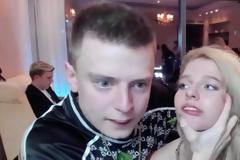 Ρωσία: YouTuber έσπασε στο ξύλο την φίλη του σε live streaming