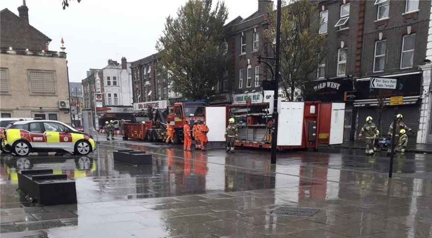 Μεγάλη έκρηξη στο Λονδίνο - Φωτογραφία 2