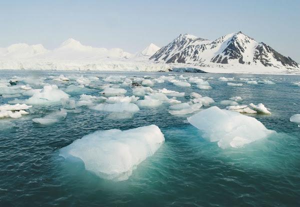 Ο Αρκτικός Ωκεανός έχει αργήσει να παγώσει φέτος. Ποιες οι συνέπειες; - Φωτογραφία 1