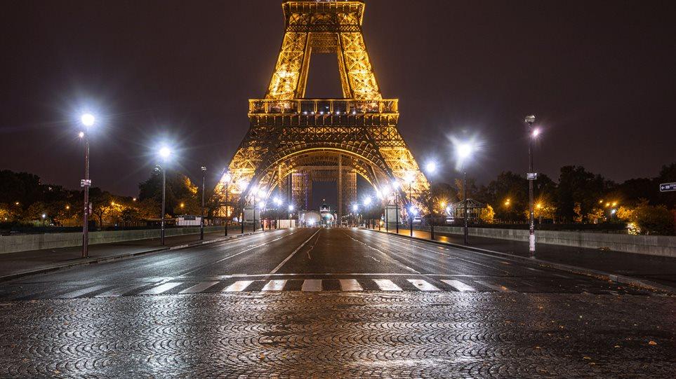Στο χάος του κορωνοϊού η Γαλλία: Τα ημερήσια κρούσματα ξεπέρασαν τα 50.000 - Συμβαίνει για πρώτη φορά στην Ευρώπη - Φωτογραφία 1