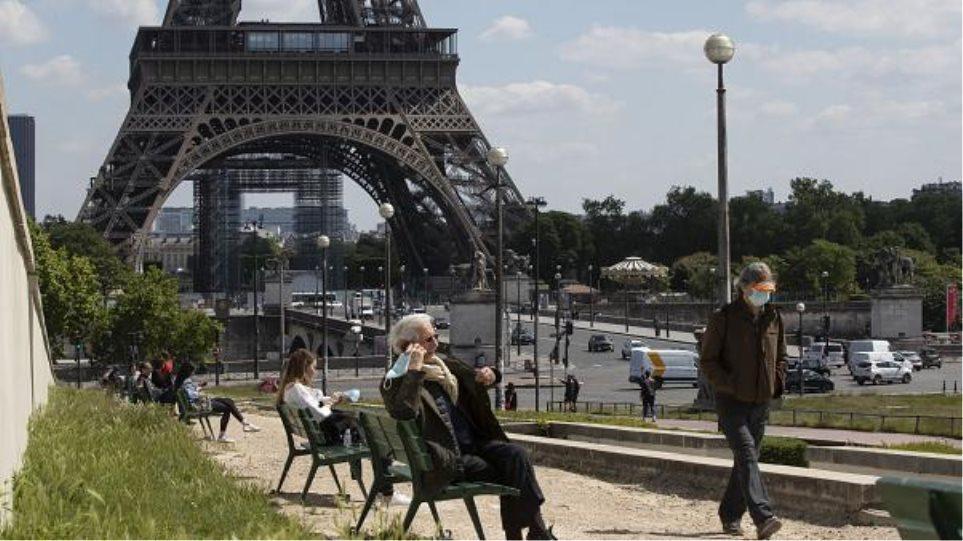 «Μέχρι και 100.000 τα ημερήσια κρούσματα» λέει σύμβουλος της γαλλικής κυβέρνησης - Φωτογραφία 1