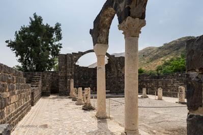 Στα Γάδαρα της Παλαιστίνης,στον τόπο που έγινε το θαύμα του Ιησού - Φωτογραφία 1